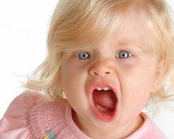 Как реагировать на детские истерики?