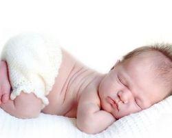 Выделения у новорожденных девочек