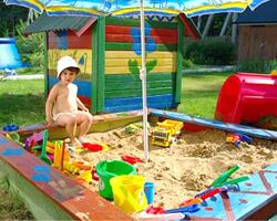 Как сделать детский спортивный уголок на даче самостоятельно?