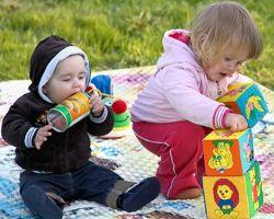 Эти интересные детские развивающие игрушки