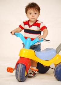 http://www.child-happy.com/images/stories/vyibiraem-velosiped-dly-rebenka.jpg